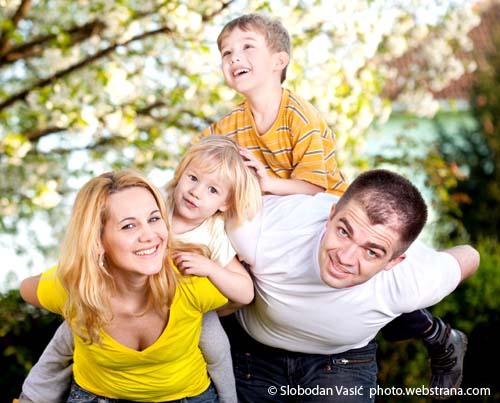 Slobodan i Maja Vasic sa decom